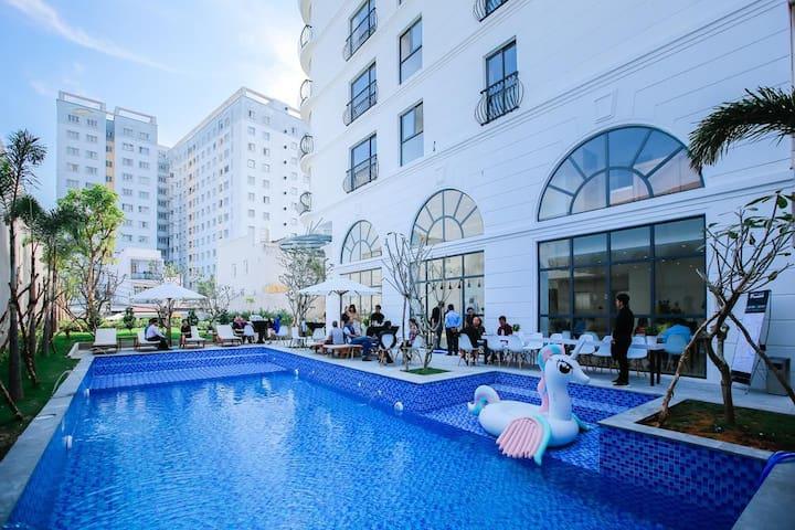 ♡Nice Apartment near Tan Son Nhat Airport♡POOL GYM