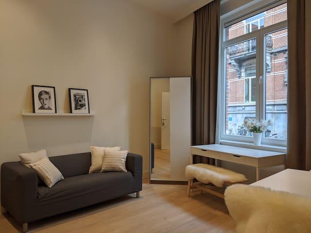 Brand new & bright flat