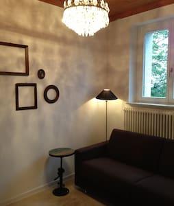 Gemütliche Wohnung mit Aussicht - Staufen - Huis