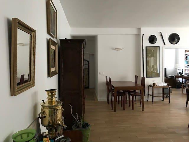 Appartement de 90 m2  à un pas de Roland-Garros.