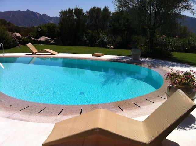 Villa con piscina in Costa Smeralda