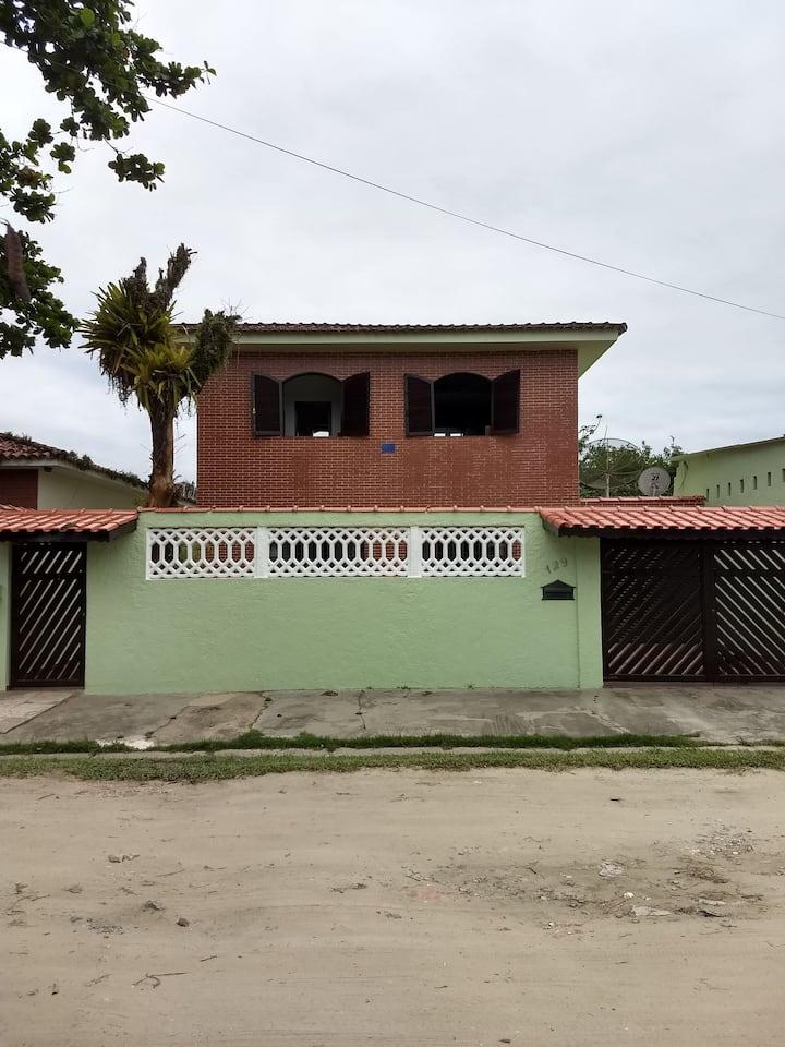 Casa na praia do Indaiá, em Bertioga-SP