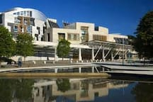 Scottish Parliament Building (10 minutes on bus)