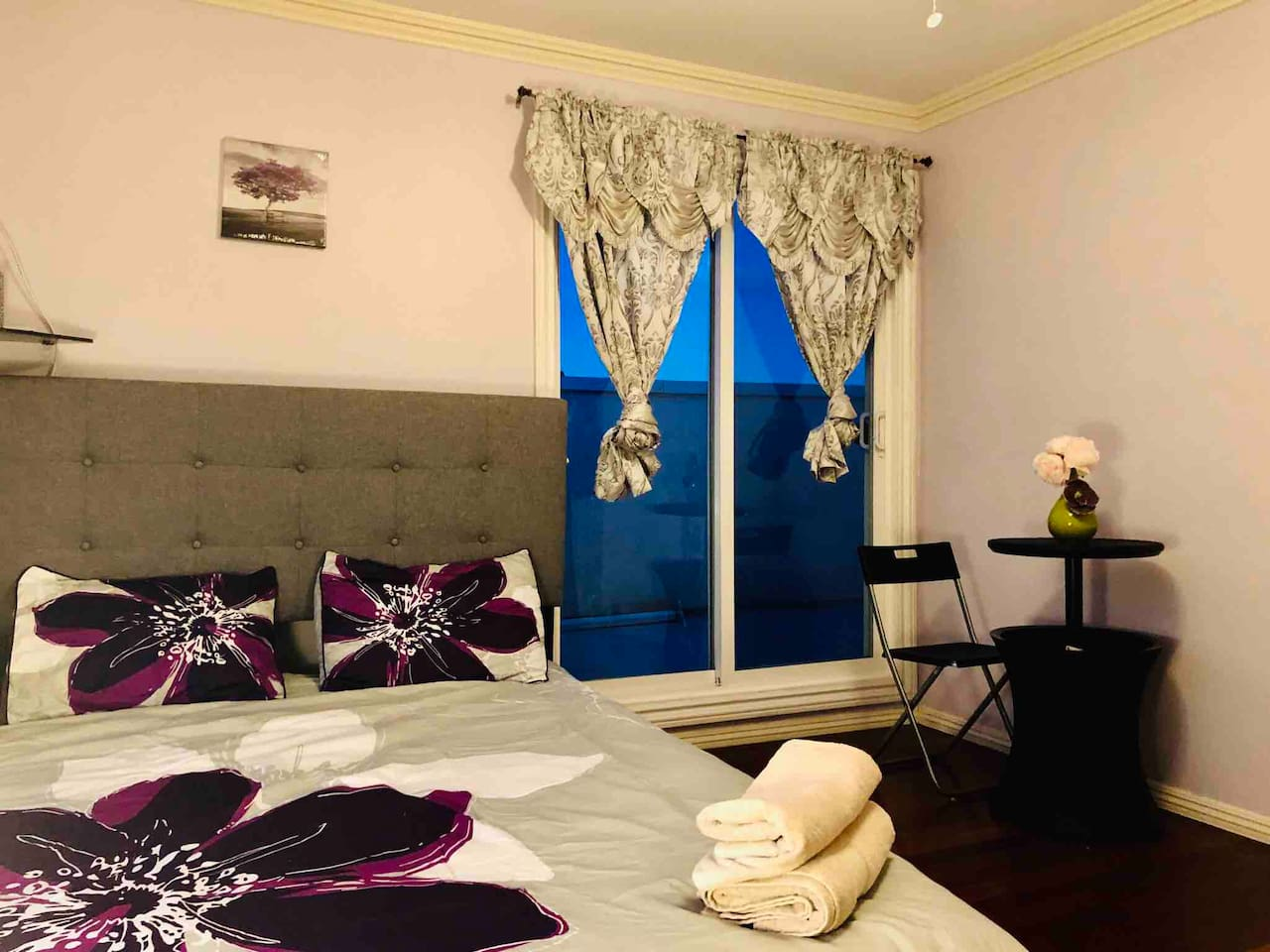 Beautiful bed room all new mattress and bed with private balcony and entry is looking for you