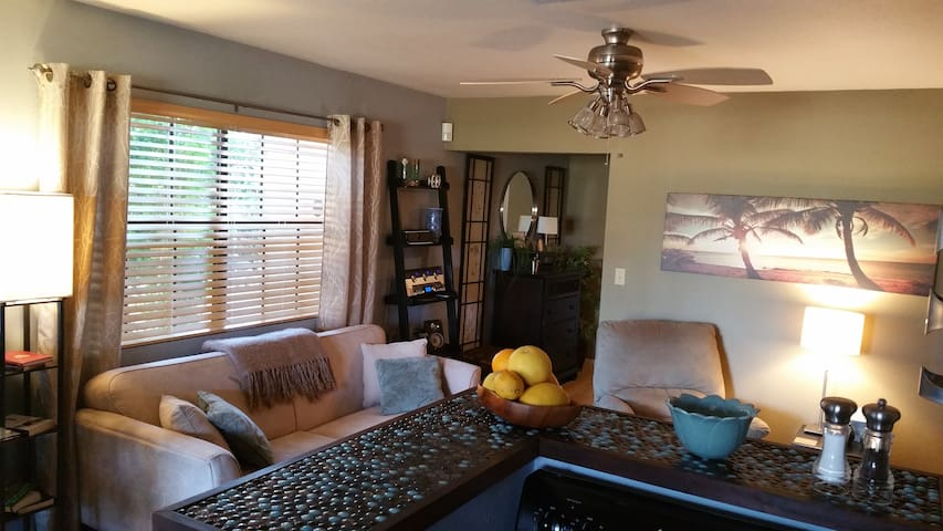 Beautiful 2 bdrm for deluxe Palm Springs enjoyment