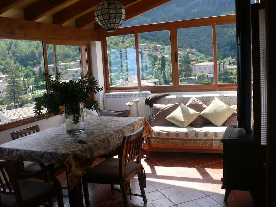 Dinning room with amizings views to Serra de Tramuntana