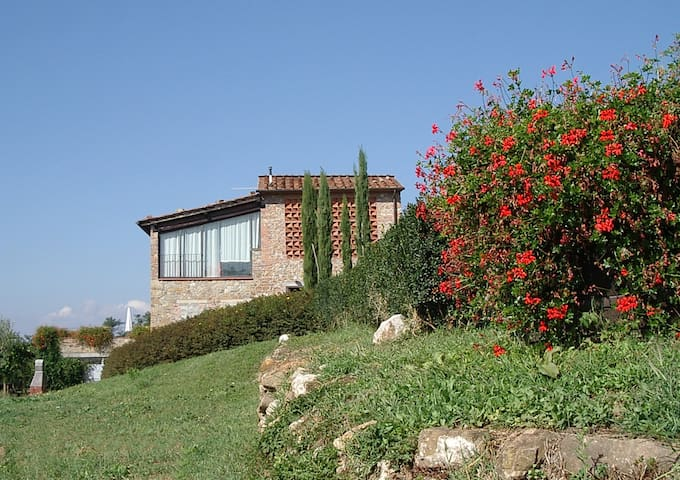 Appartamento con  vista panoramica con piscina - Capannori - Appartement