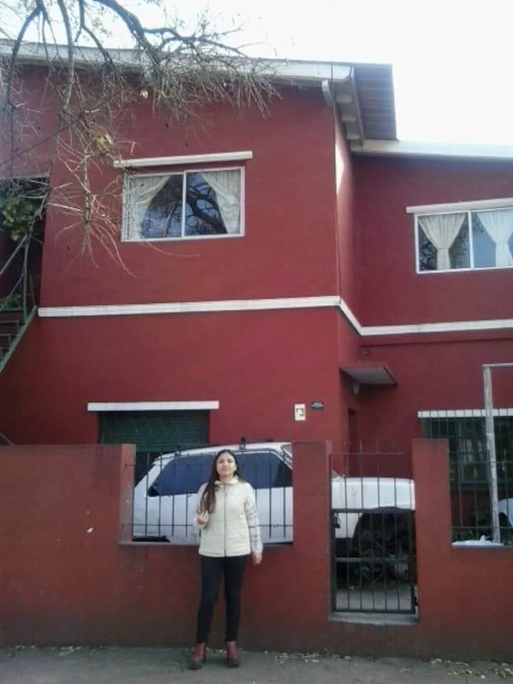 casa completa para tres personas