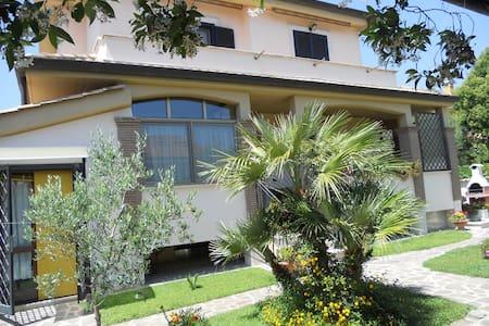 villa Melina - Acilia-Castel Fusano-Ostia Antica - Apartamento