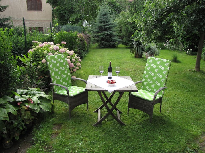 APP with garden, private parking