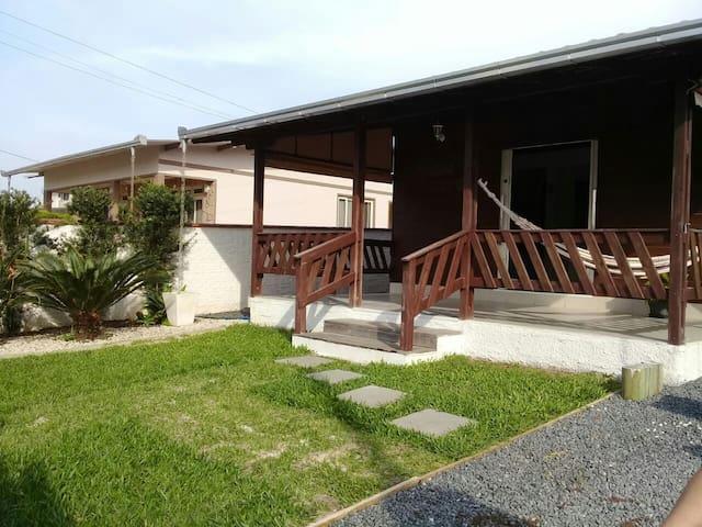 Casa Próxima do Parque Beto Carrero e Praias.