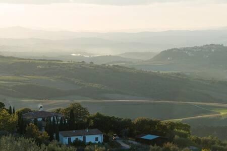 Beautiful villa in Tuscan hills - Seggiano