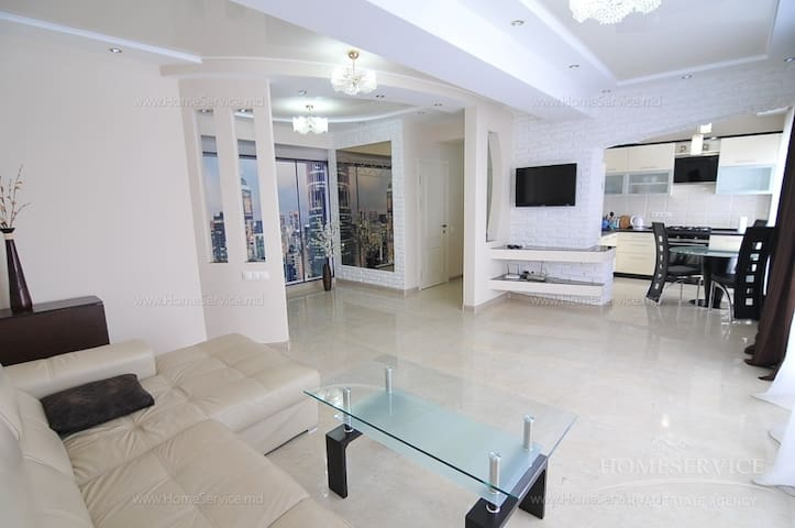 Элитная квартира в новом доме  - Кишинёв - Byt