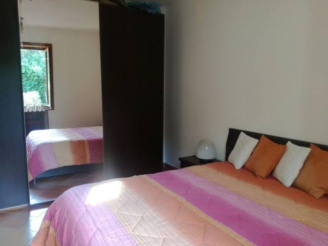 Villa Grande – Bedroom with double bed