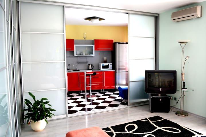 Лучшая кв-ра для практичных людей - Уфа - Apartamento
