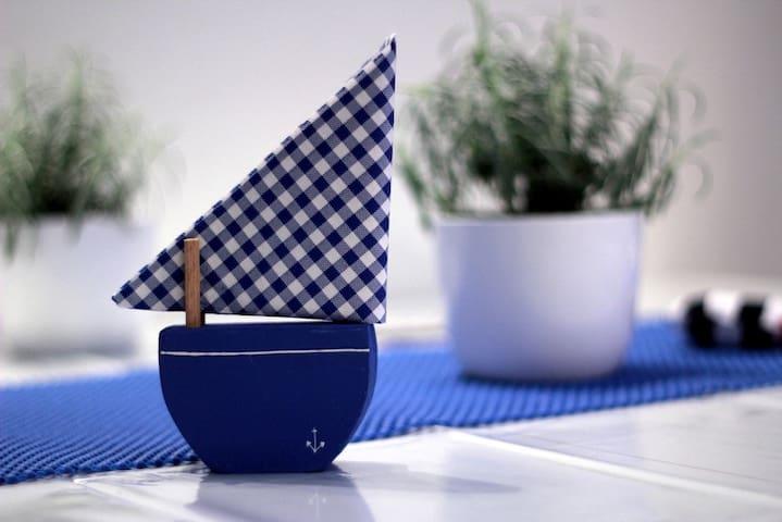 Marinero napkin holder...