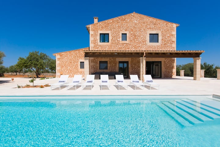 Luxury villa close to Santanyi and best beaches
