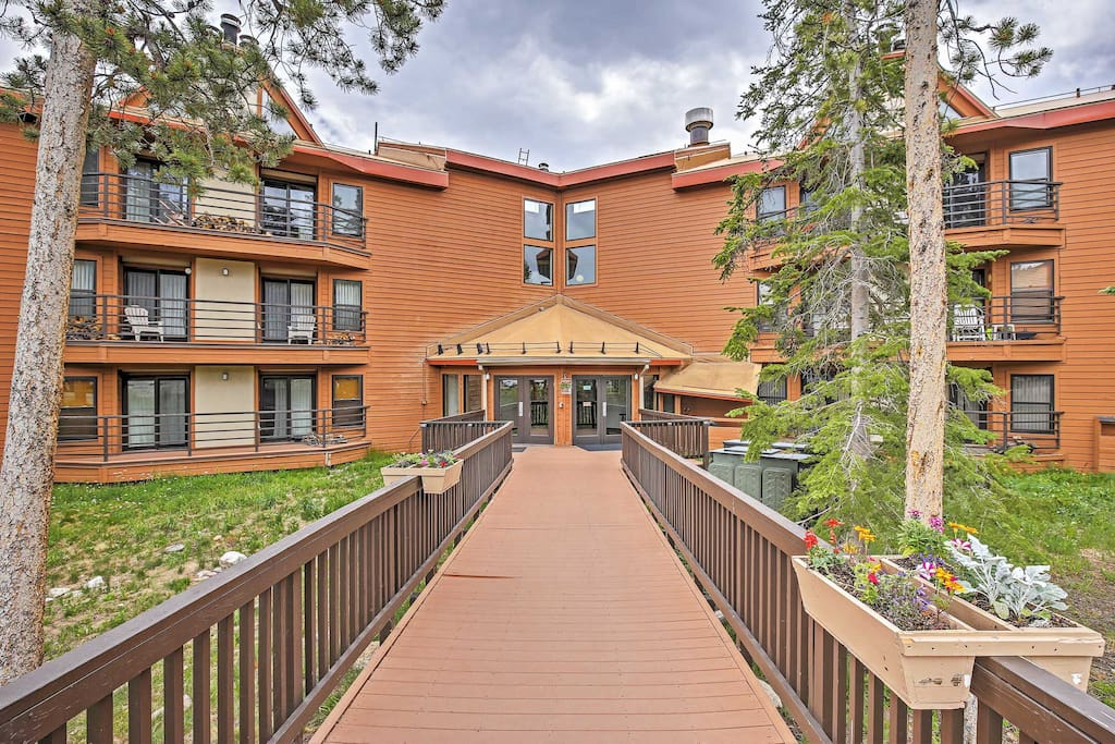 An unforgettable adventure awaits at this Silverthorne vacation rental condo!