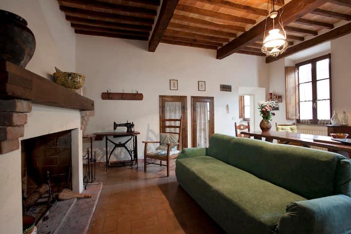 appartamento nello storico borgo di Sarteano