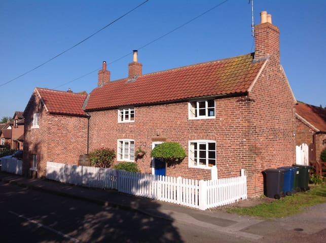 18th Century Country Cottage
