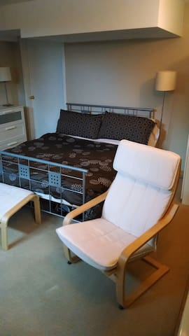 Fully Serviced Studio Suite