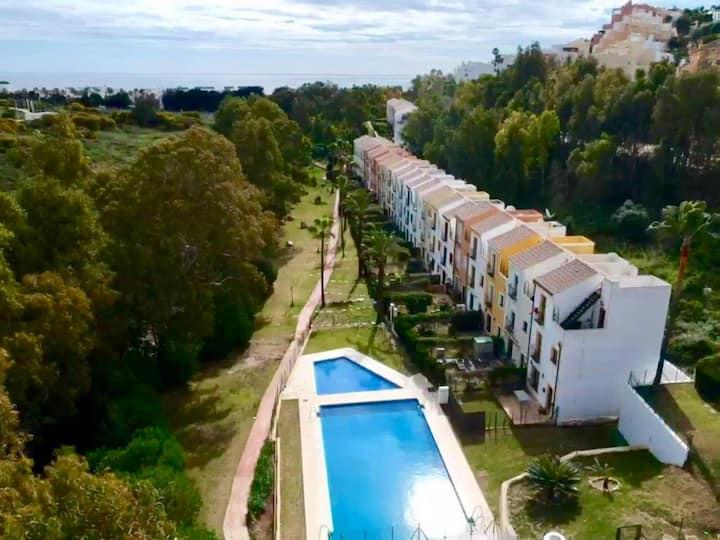 Casa MurMac de Casares Costa, Malaga