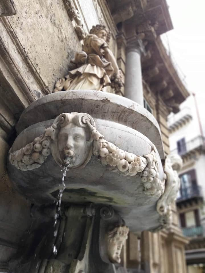 Quattro Canti Fountain