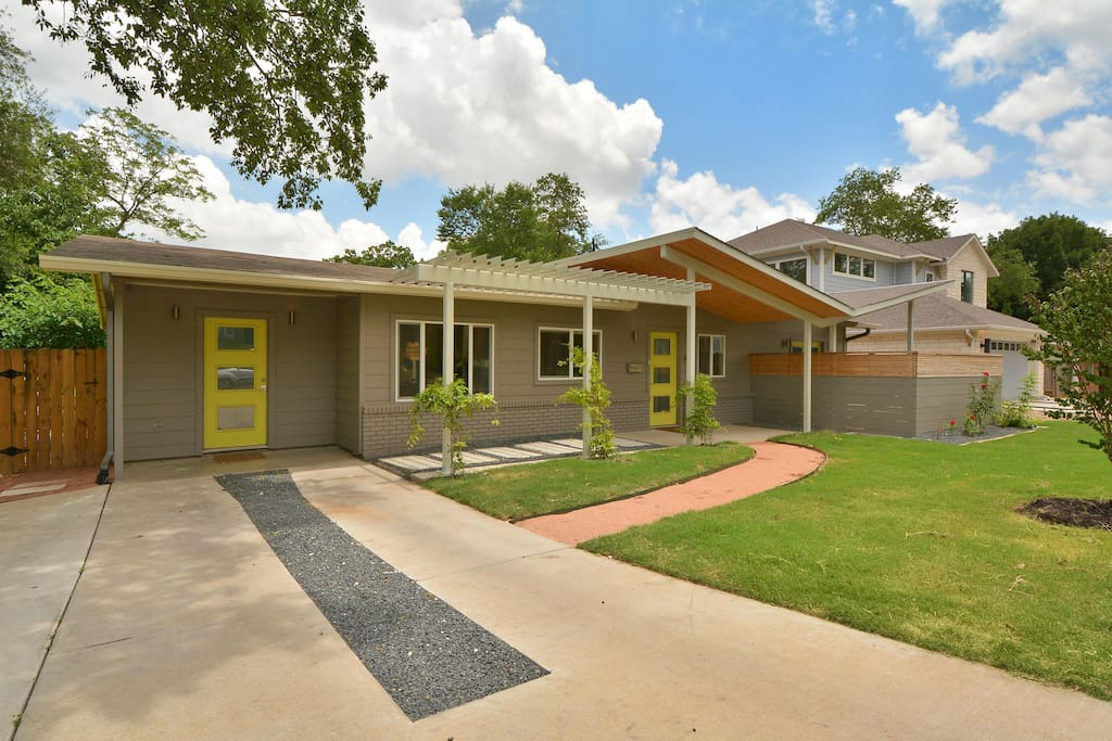 4BR/3BA Butterfly House in Austin, Texas with private pool.