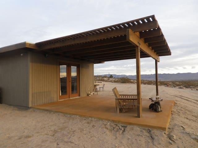 Private & charming homestead cabin in Joshua Tree - Joshua Tree - Chalet
