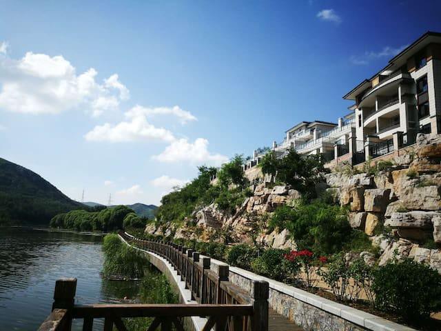 五阳湖畔自在庄园旅游休闲度假房