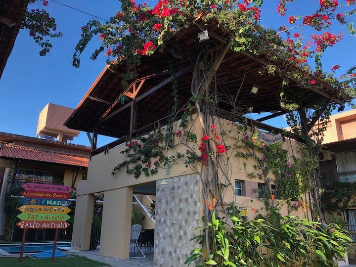 Apartamento 1q a Beira Mar com Piscina - Enseadas
