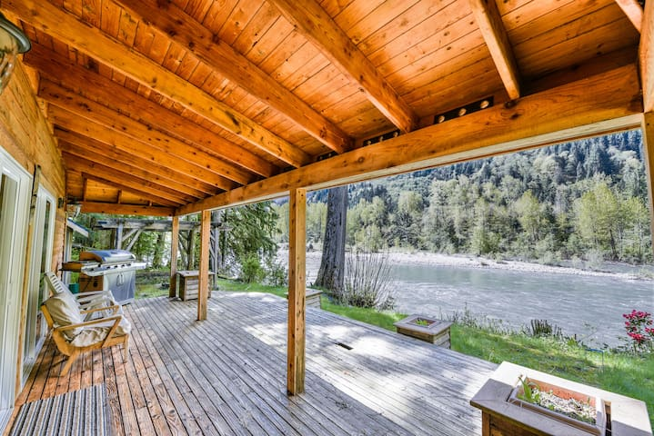 ❤️️️RelaxingAF★Riverside Retreat★Stevens Pass★WiFi