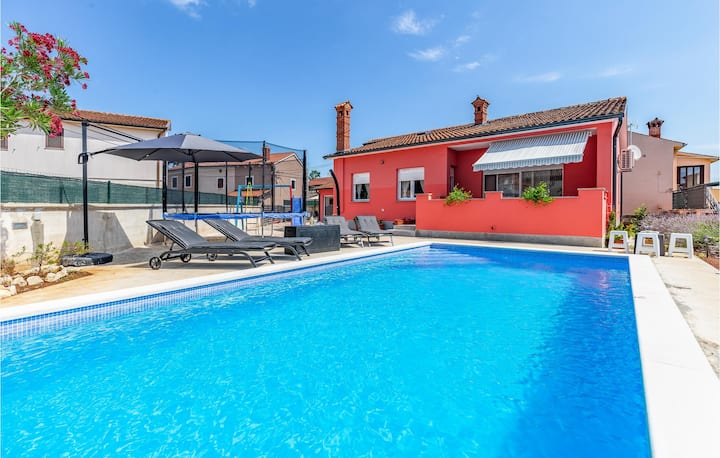 Awesome home in Marcana with WiFi and 3 Bedrooms