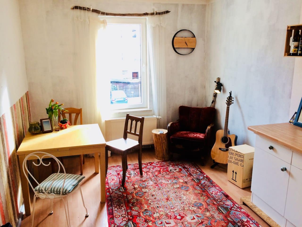 Wohnbereich/Küche