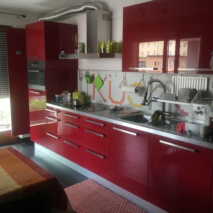 La cucina rossa di Brunico