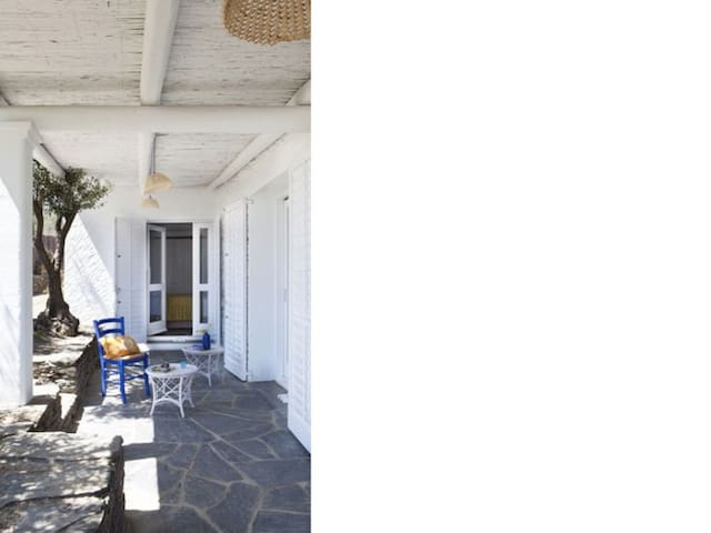 House with pool in Cadaques - 1593