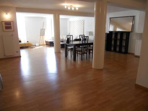 Room in 102 sqm2 - 15min UN - 10min GVA airport