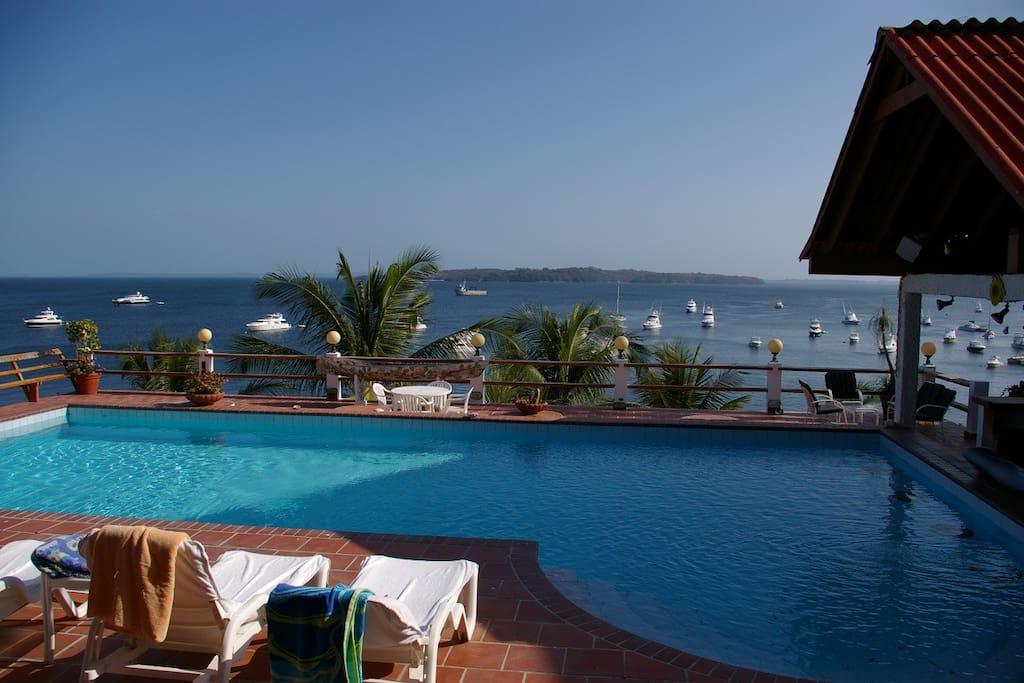 Contadora Island Ferry