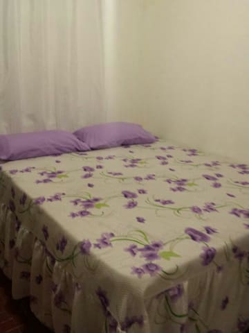 Quarto Compartilhado em Cuiabá      - Cuiabá - Dorm