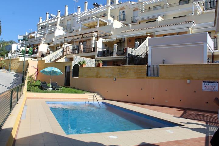 Apartamentos  2 habitaciones, Nerja Malaga