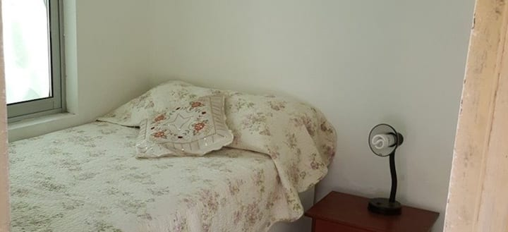 Casa Vitacura, Barrio tranquilo, pieza 1 persona