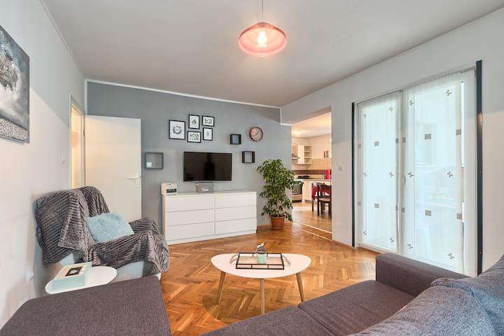 Lovely apartment Lora  in  Pula-Stinjan