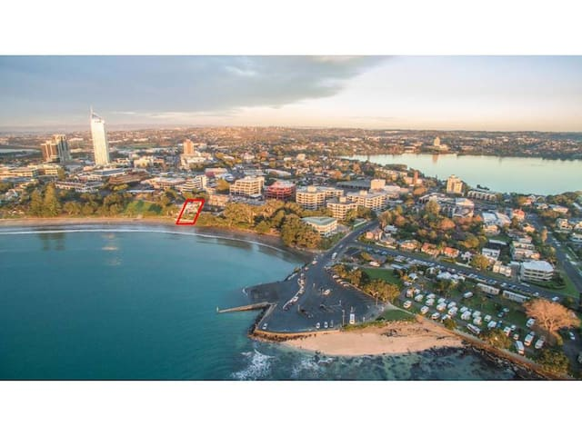 Takapuna Beachfront Single room