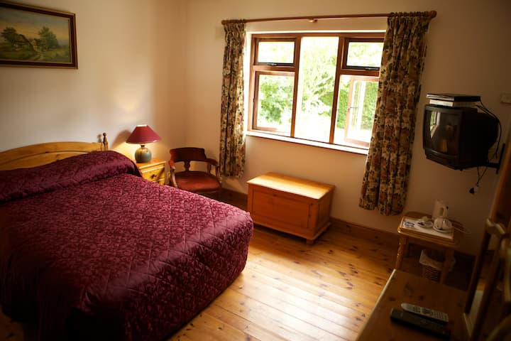 Teach Failte - Home form Home. Bedroom 2