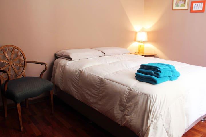 Acogedor apart. de 2 dorm. y azotea-Pueblo Libre