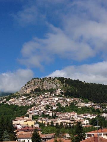 Bellissima mansarda panoramica - Tagliacozzo