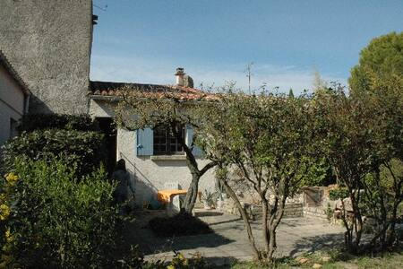 Very nice house with garden in typical village - Nages-et-Solorgues