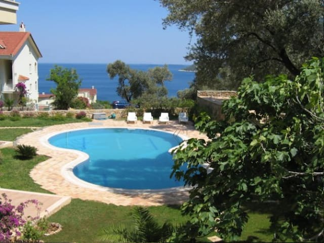 Beautiful Seaview Holiday Apartment - Turunç - Daire