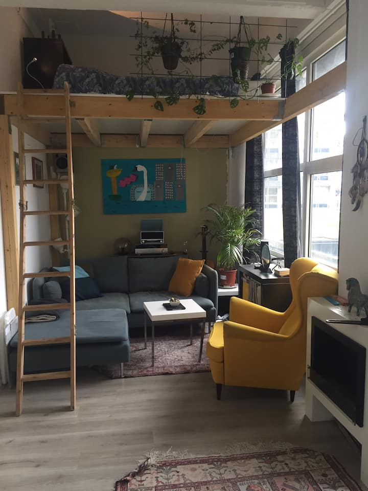 A Cozy Little Place in Central Rotterdam