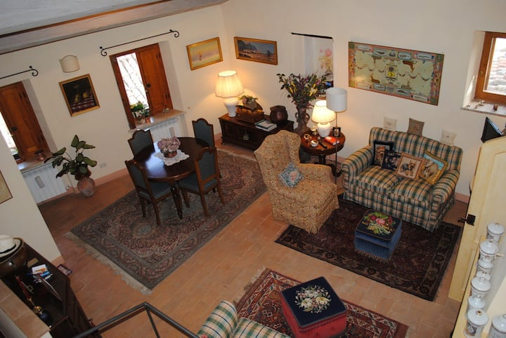 Casa Caroline: elegance and comfort  in  Cetona.